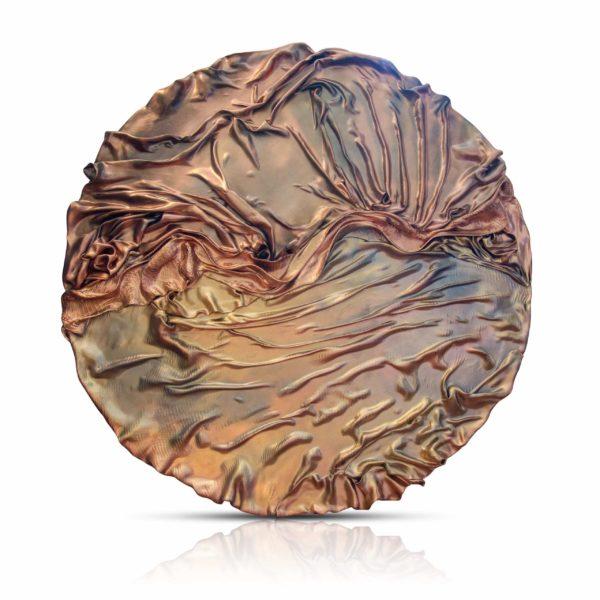 rundes, goldenes Wandobjekt_Interior Design | Nonos