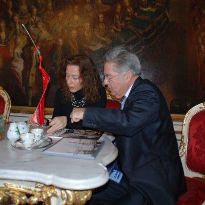 Mercedes und Franziska Welte zu Besuch beim Bundespräsident Dr. Fischer in der Hofburg in Wien - NONOS