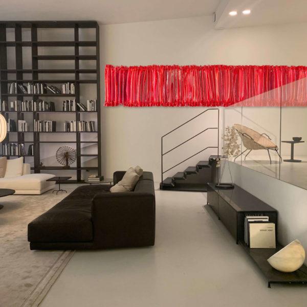 rotes Wandobjekt aus Fiberglas_Interior Design | Nonos