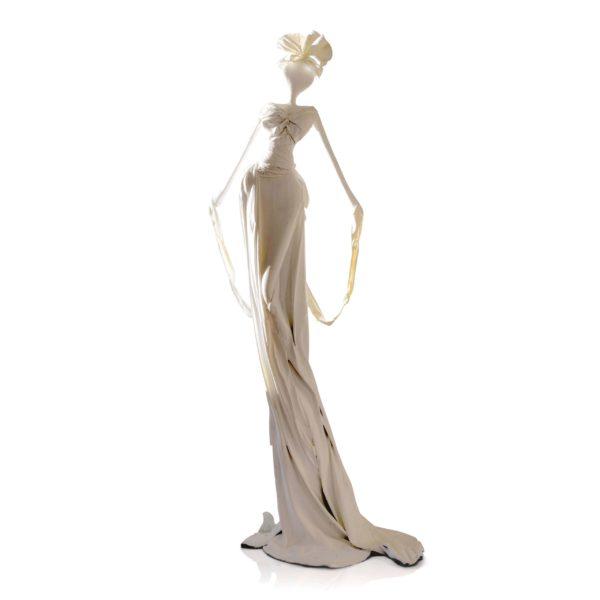 weiße, weibliche Skulptur aus Stahl, Fiberglas und Epoxydharz_Interior Design | Nonos