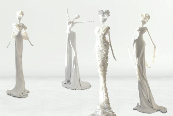 weiße, weibliche Skulpturen aus Stahl, Fiberglas und Epoxydharz_Interior Design | Nonos