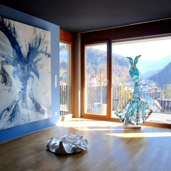 blaues Kleid aus Karbon und Harz_Costa Smeralda_carbon couture  | Nonos