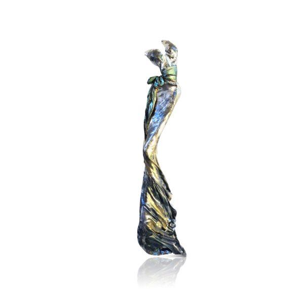Kleid aus Karbon und Harz_green Dimond_carbon couture | Nonos