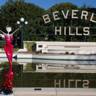 nonos Sculpture joung Victoria visit beverly hills
