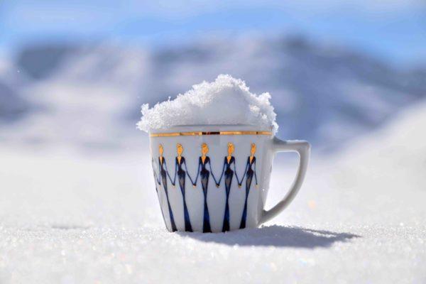 Porzellan im Schnee_2   Nonos