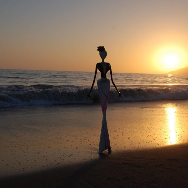 sunset in santa monica, skulpture exhibition , art on the beach, pacific palisades