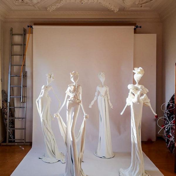 weiße Skulpturen aus Fiberglas und Epoxydharz_Interior Design | Nonos