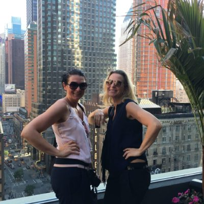 welte sisters in nyc,manhatten, rooftop bar.